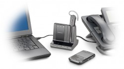 De Plantronics Savi 740 kan je gebruiken in combinatie met drie toestellen