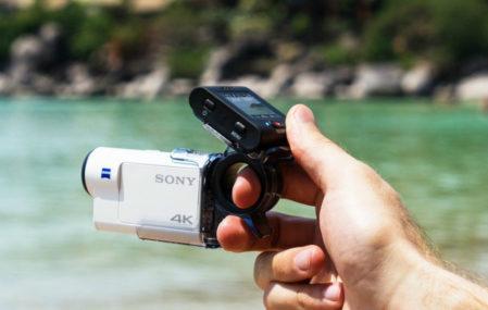Sony FDR-X3000 4K actiecamera met AKA-FGP1 Finger Grip