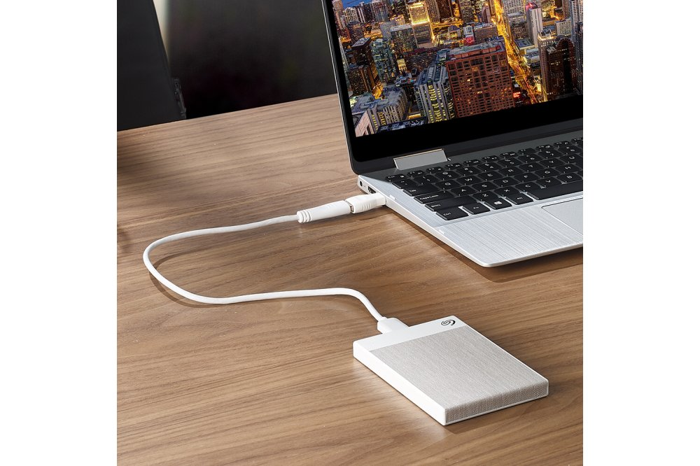 Seagate backup plus ultra touch white