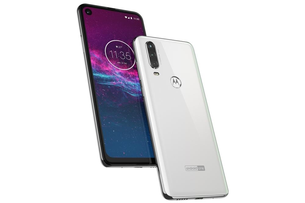 Motorola One Action pearl white